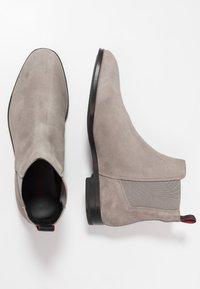 HUGO - BOHEME - Classic ankle boots - light/pastel grey - 1