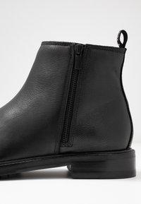 HUGO - BOHEMIAN - Støvletter - black - 5