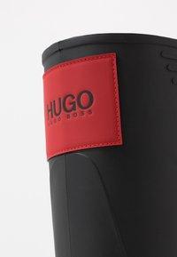 HUGO - RAIN BOOT - Holínky - black - 5