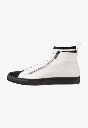 FUTURISM HITO - Zapatillas altas - white