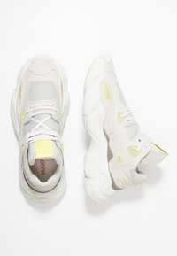HUGO - ATOMIC RUNN - Sneakers basse - light/pastel grey - 1
