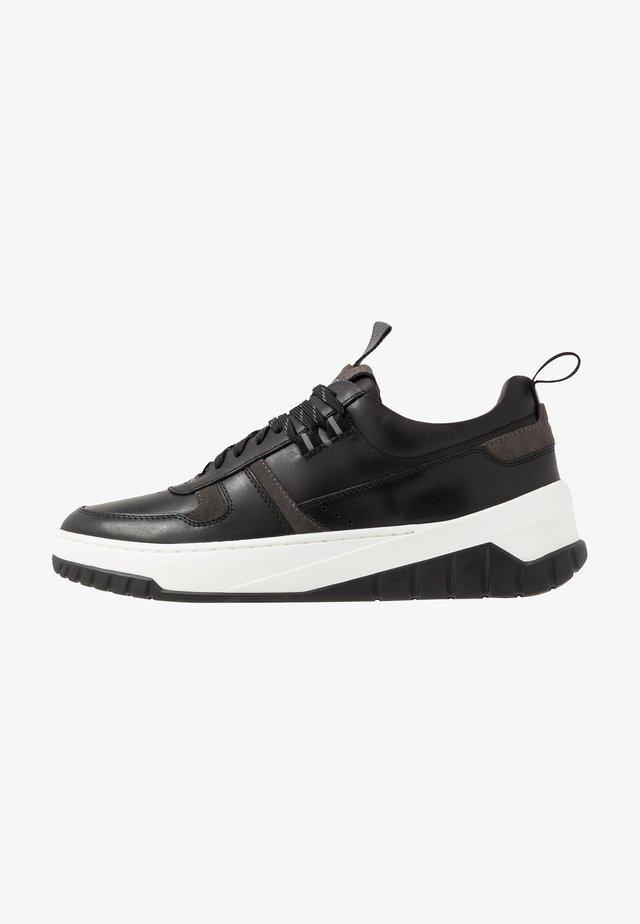 MADISON - Sneakersy niskie - black