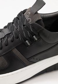 HUGO - MADISON - Sneakers - black - 6