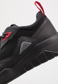 HUGO - ATOM RUNN - Sneaker low - black - 5