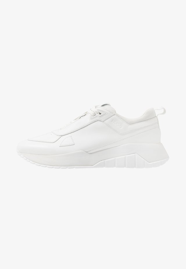 ATOM RUNN - Sneaker low - white