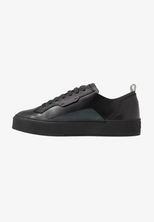 VOLCANO - Zapatillas - black