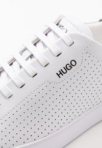 HUGO - Trainers - white - 5