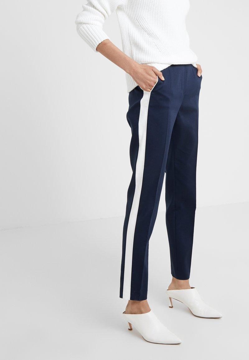 HUGO - HERANI - Kalhoty - open blue
