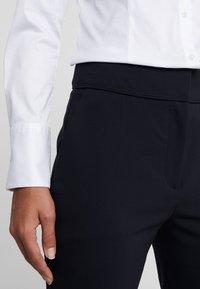 HUGO - THE CROPPED TROUSER - Pantalones - navy - 4