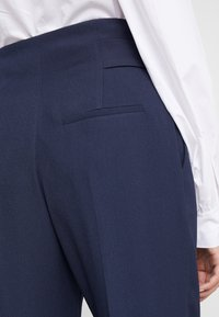 HUGO - HOSALIA - Kalhoty - dark blue - 3