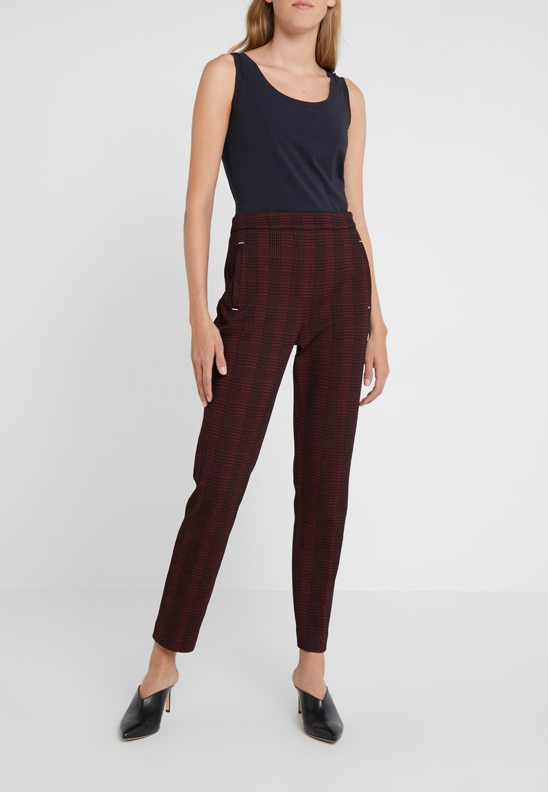 HUGO - HANETTE - Spodnie materiałowe - open red