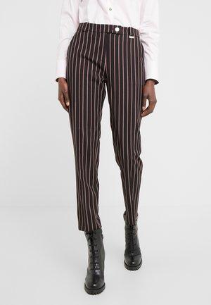 HASARI - Pantaloni - black