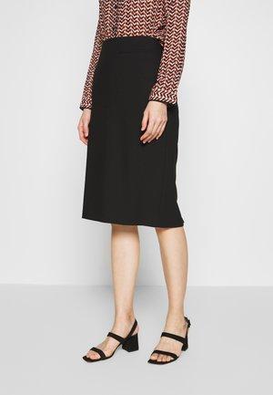 RIVENI - Falda de tubo - black