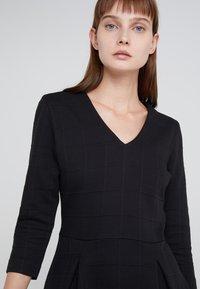 HUGO - DICENIA - Strikket kjole - black - 4
