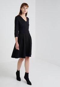HUGO - DICENIA - Strikket kjole - black - 0