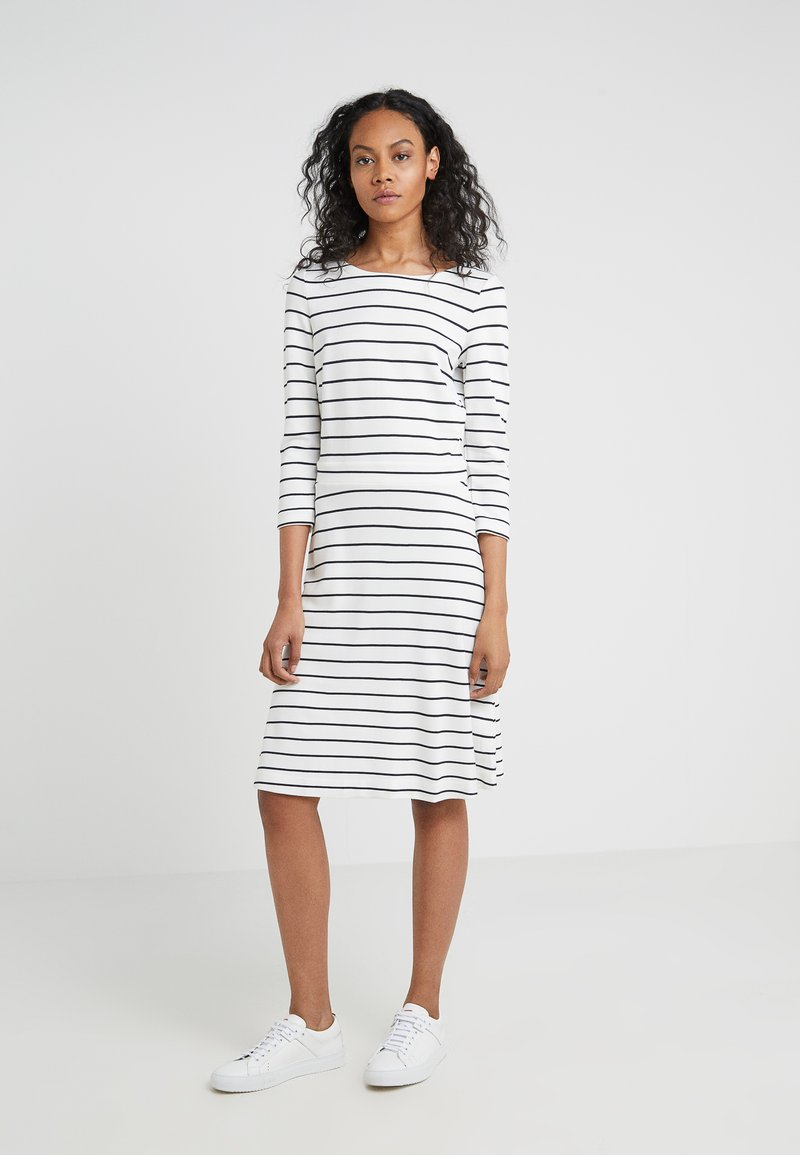 HUGO - DANGELIA - Jerseykleid - white