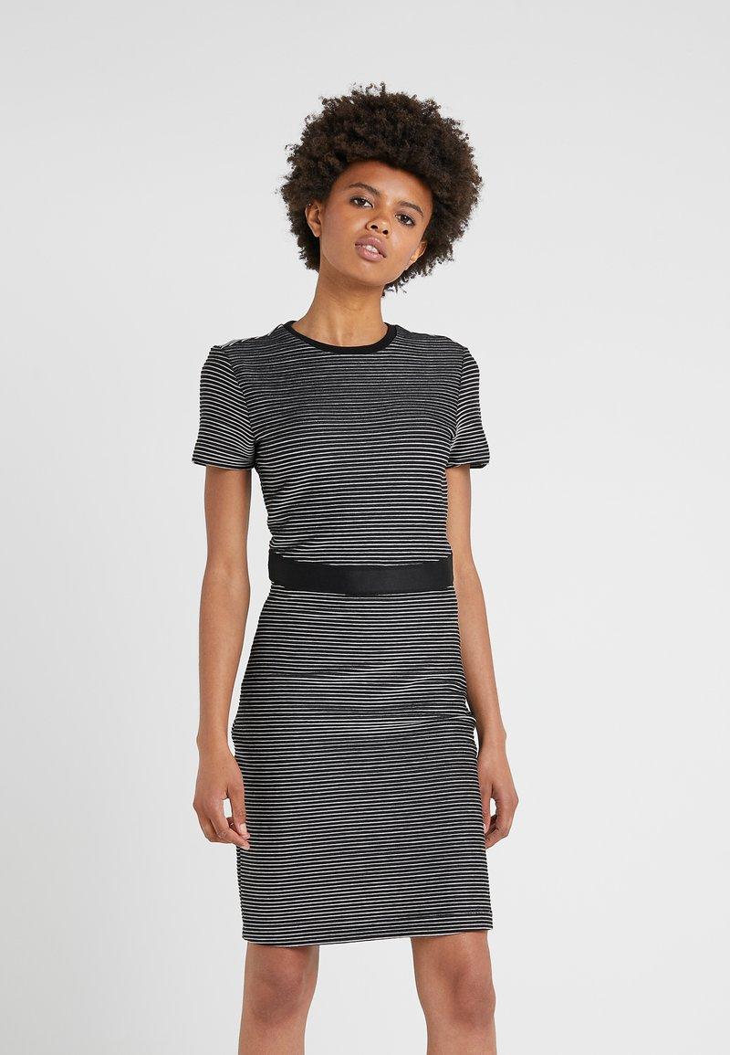 HUGO - NIFANA  - Pouzdrové šaty - black/white