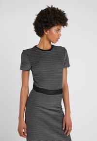 HUGO - NIFANA  - Pouzdrové šaty - black/white - 4