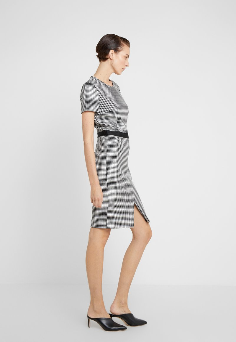 HUGO - KADIA - Pouzdrové šaty - natural