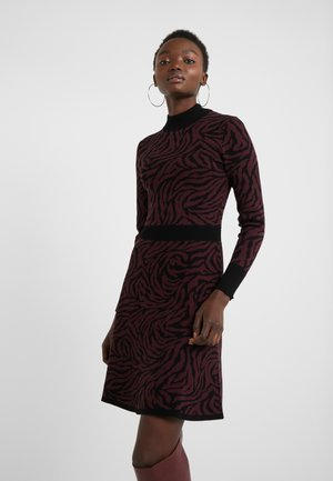 SUMEE - Jumper dress - open miscellaneous