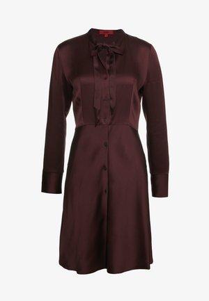 EMERA - Shirt dress - medium red