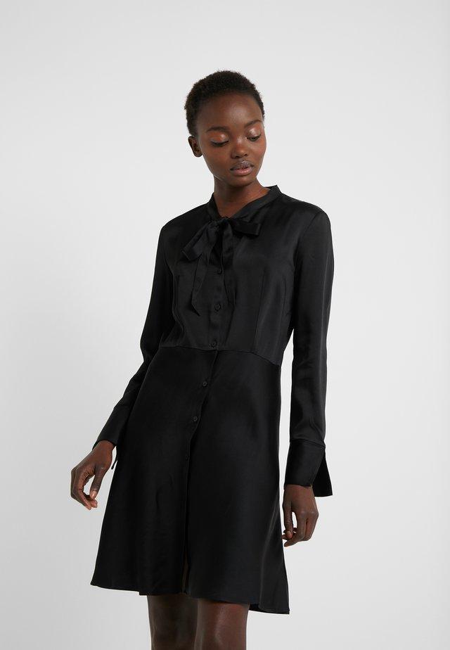 EMERA - Vestido camisero - black