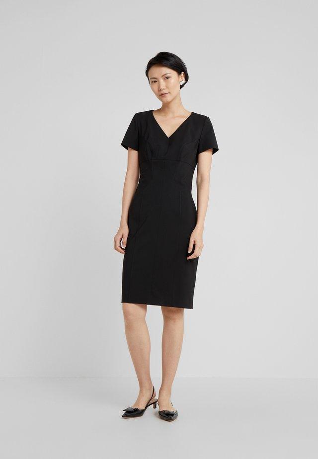 KUDERA - Vestido de tubo - black