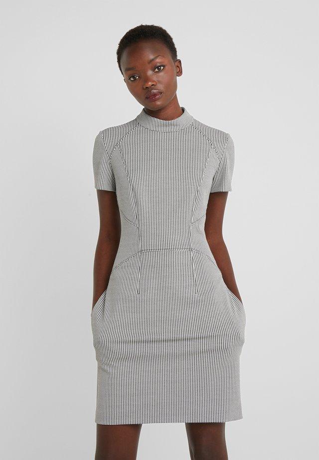 KABECCI - Fodralklänning - white/black