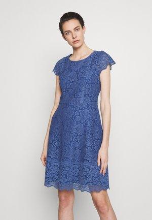 KIRALIS - Koktejlové šaty/ šaty na párty - light/pastel blue