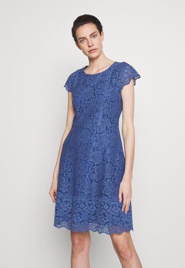 KIRALIS - Vestido de cóctel - light/pastel blue
