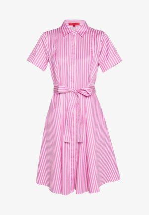EKALIANA - Korte jurk - bright pink