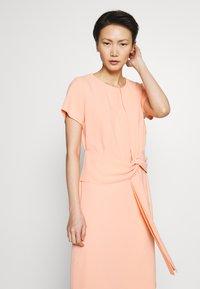 HUGO - KILONE - Vestito elegante - light/pastel orange - 3