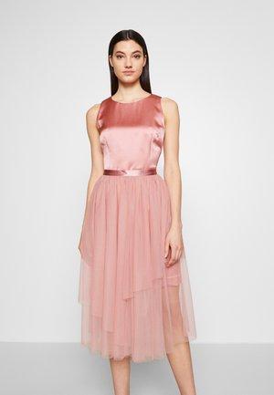 KILAILA - Vestito elegante - open red