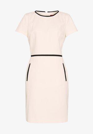 KIDANI - Pouzdrové šaty - natural