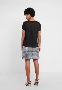 HUGO - DIKERI - T-shirt print - black - 2