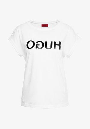 DENNALIS - Print T-shirt - white