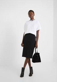 HUGO - DORENE - Camiseta estampada - white - 1