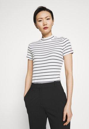 DAROLINE - Camiseta estampada - natural