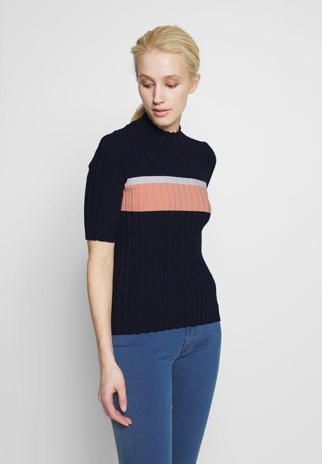 SASHENKA - Camiseta estampada - open blue