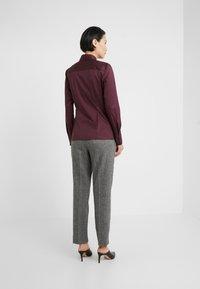 HUGO - THE FITTED - Skjorte - medium red - 2