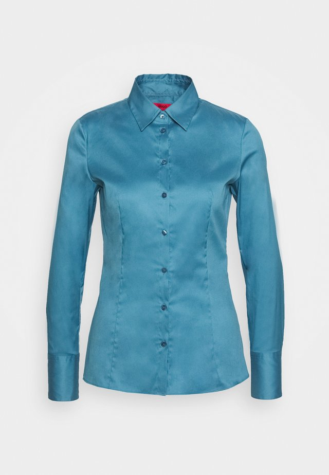 THE FITTED - Button-down blouse - dark blue