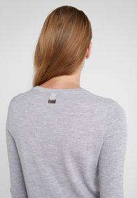 HUGO - SEDENNA - Pullover - medium grey - 5