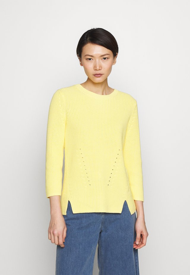 SERLINA - Jumper - light/pastel yellow