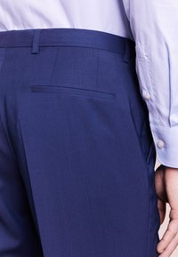 HUGO - SIMMONS - Oblekové kalhoty - medium blue - 4