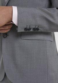HUGO - ASTIAN HETS - Suit - open gry - 12