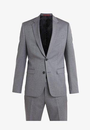 ASTIAN HETS - Oblek - medium grey