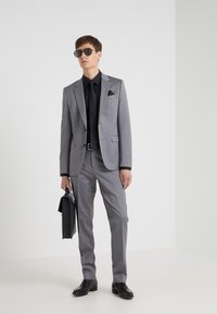 HUGO - ASTIAN HETS - Suit - medium grey - 1