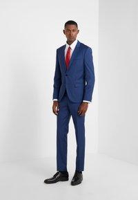 HUGO - ARTI HESTEN - Oblek - medium blue - 1
