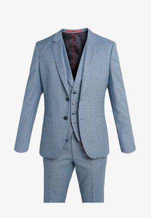 ARTI HESTEN - Dress - light blue