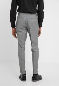HUGO - AUGUST HIGGINS - Oblek - open grey - 5